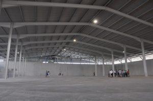 Neue Halle für Agrarhandel in Oberweiden